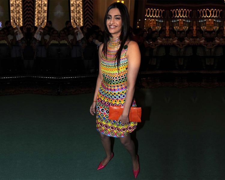 Sonam Kapoor in amazing dress pic
