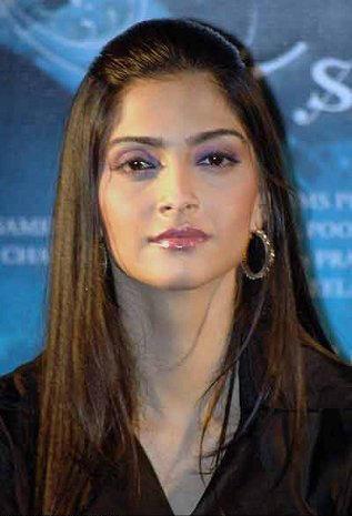 Sonam Kapoor beauty stills