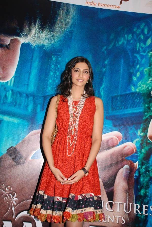 Sonam Kapoor in red dress hot pic