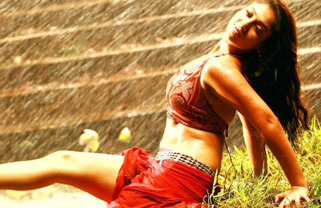 Nayanthara  latest spicy pics