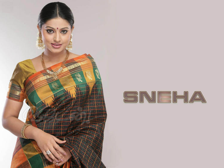 Sneha in saree wallpaper