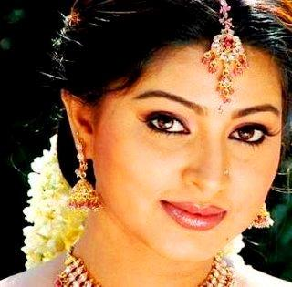 Sneha beauty look