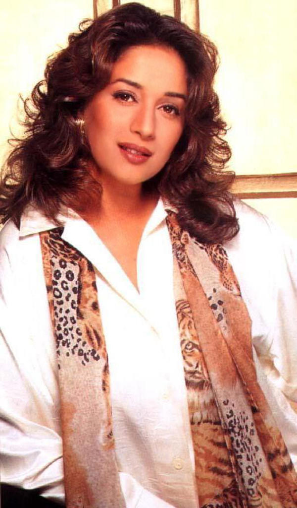Madhuri Dixit spicy hot wallpaper