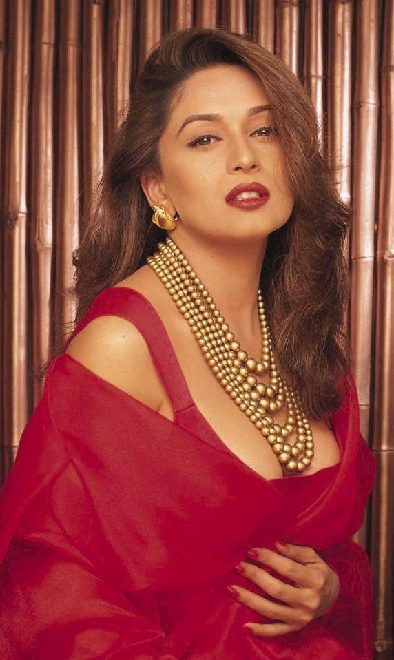 Madhuri Dixit red hot wallpaper