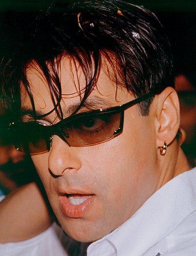 Salman Khan exposing pics