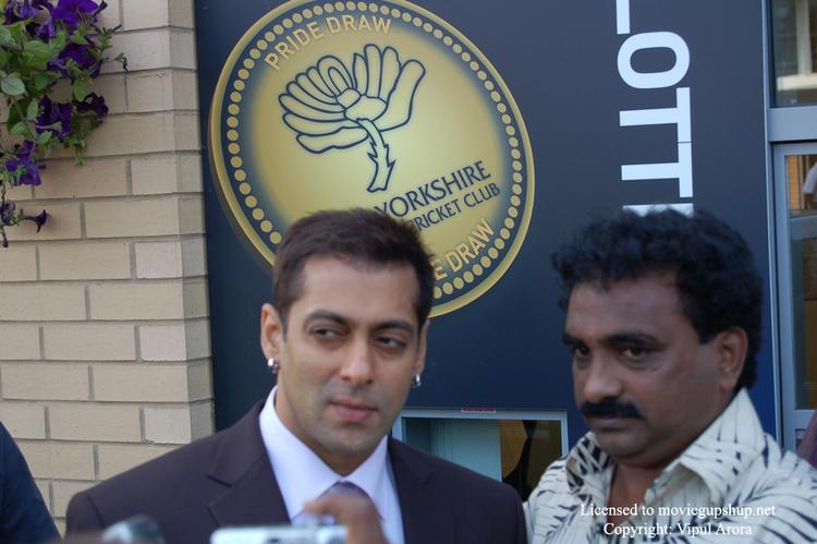 Salman Khan drowsy eyes stills
