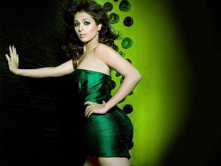 Anjana Sukhani hot pose in green color dress
