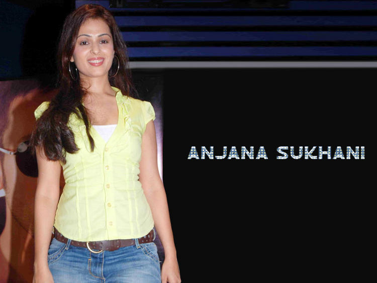 Anjana Sukhani spicy look