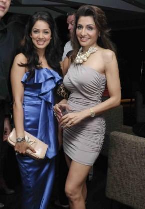 Indian Actress Vidya Malvade in amazing dress
