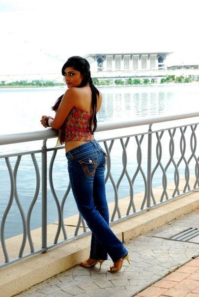 Ramya jeans navel pics