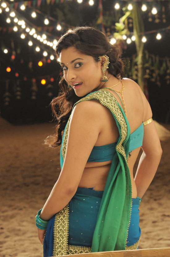 Ramya back expose picture