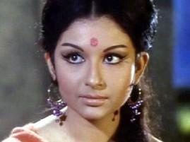 Sharmila Tagore Simple look