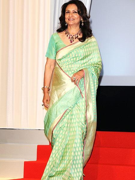 Sharmila Tagore in traditional saree pics