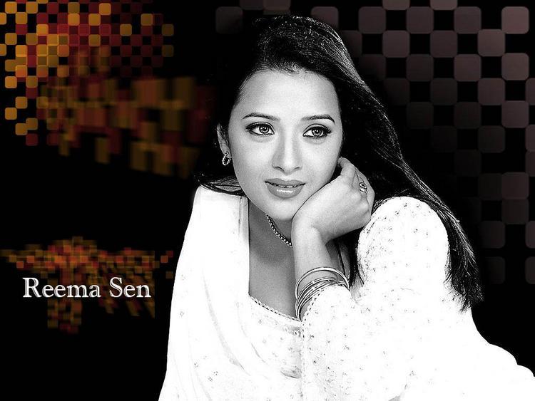 Reema Sen hot wallpaper