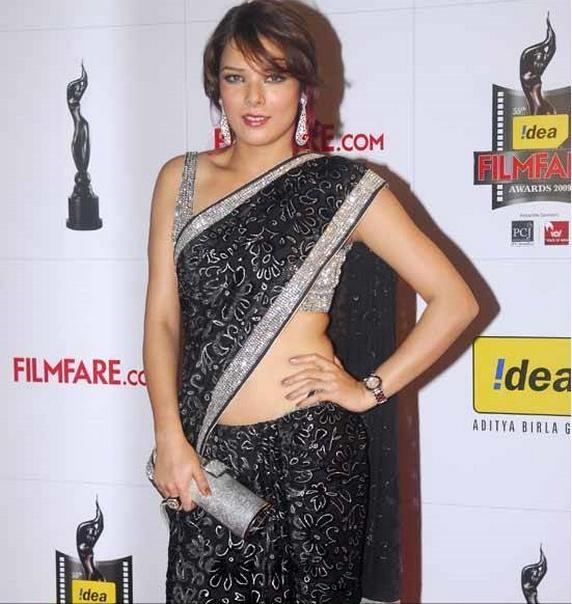 Udita Goswami in gorgeous saree at Filmfare