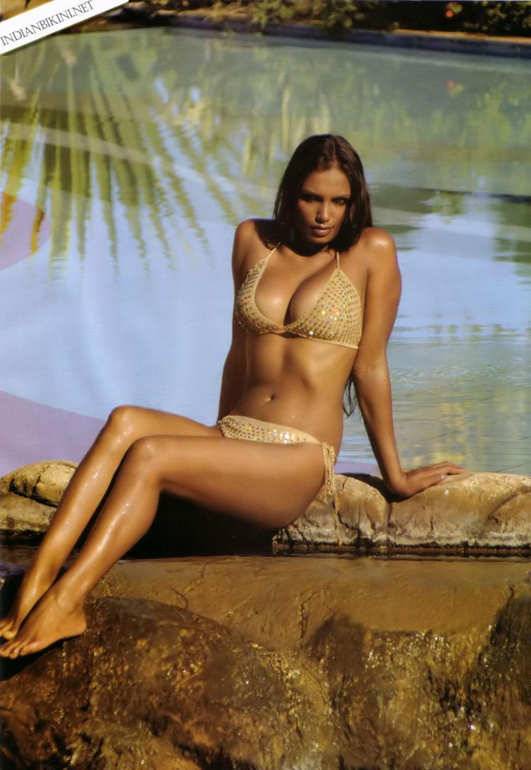 Naina Dhaliwal  in bikini hot photo shoot