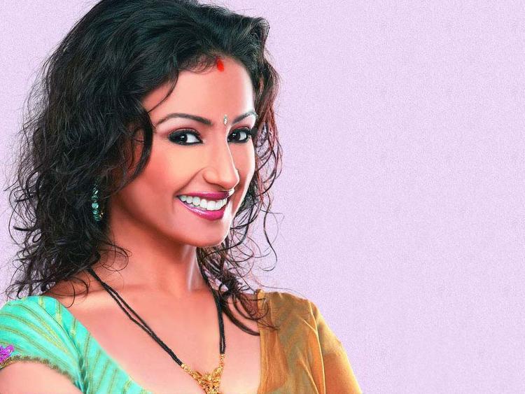 Divya Dutta with open smile pics