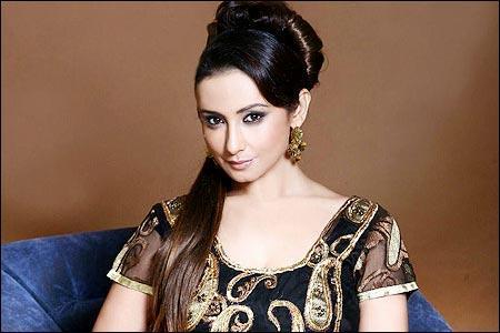 Divya Dutta glamour stills