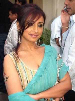 Divya Dutta sizzling hot look