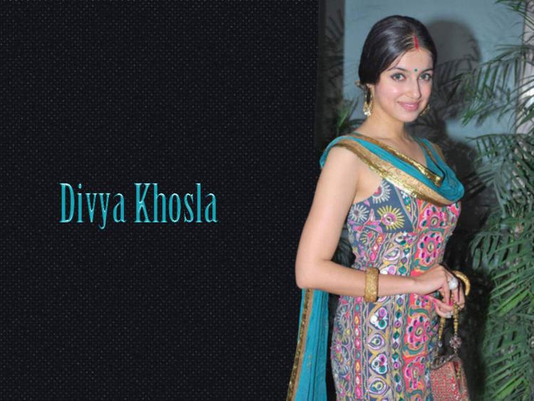 Divya Khosla beauty stills