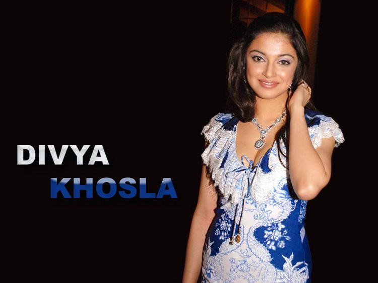 Divya Khosla  gorgeous wallpaper