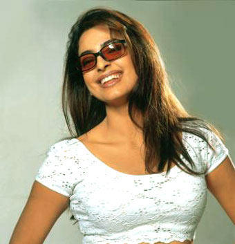 Juhi Chawla cute hot images