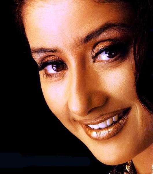 Manisha Koirala blue eyes look