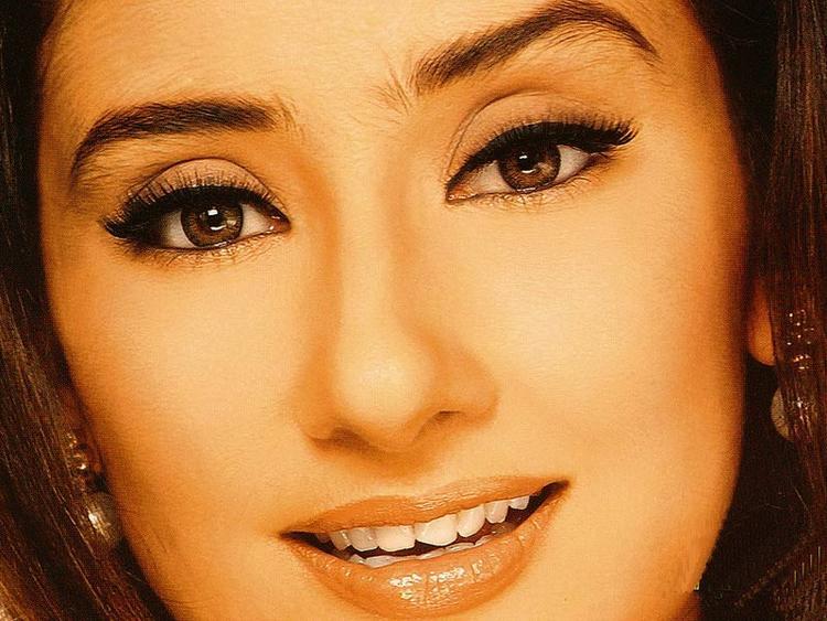 Manisha Koirala glorious face look