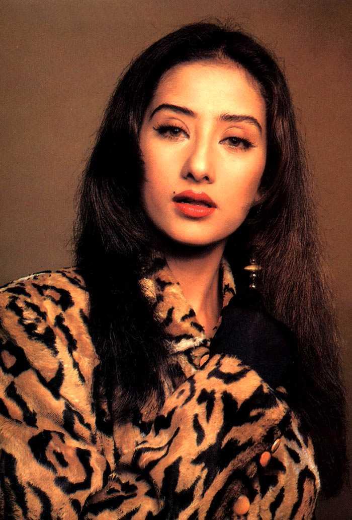 Manisha Koirala sizzling hot sexy look