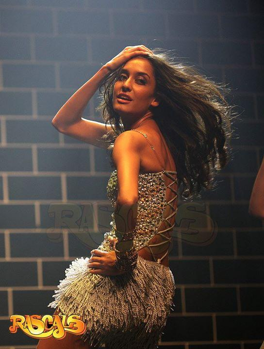 Lisa Haydon Steamy hot Rascals wallpapers