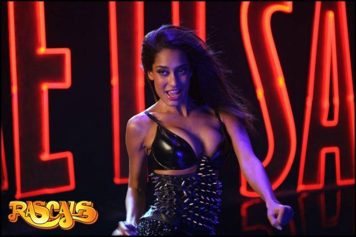 Lisa Haydon Steamy hot Rascals Movie curvacious pics