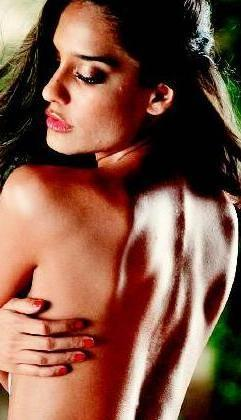 Lisa Haydon without dress pics