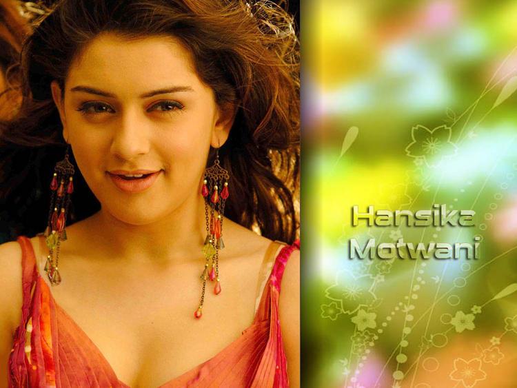 Hansika Motwani gorgeous wallpaper