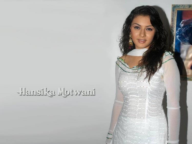 Hansika Motwani hot pose in white dress