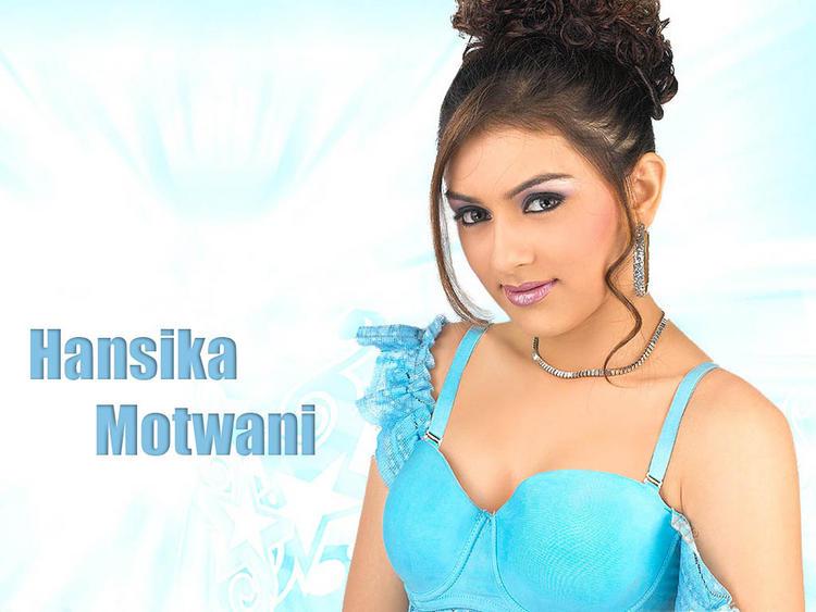 Hansika Motwani hairstyle pics