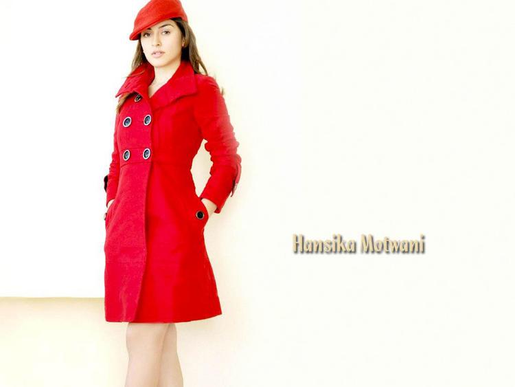 Hansika Motwani red hot wallpaper