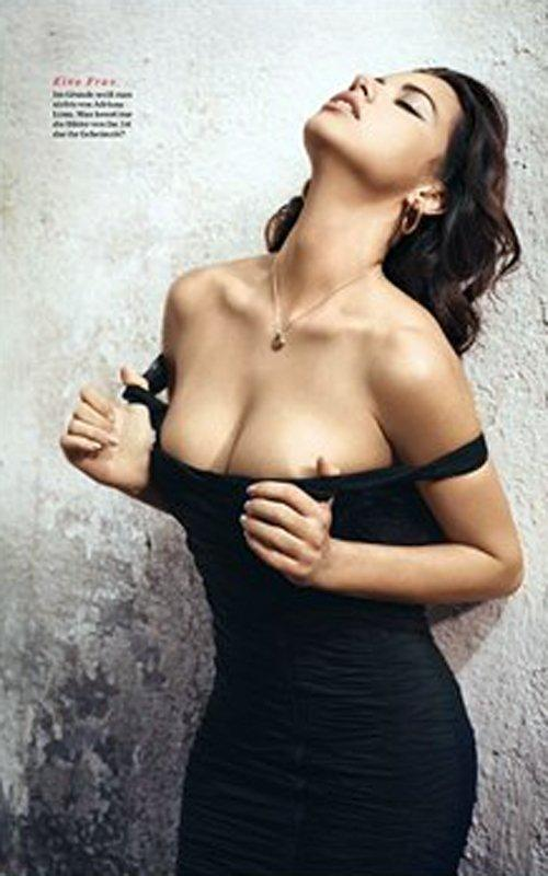Adriana Lima hot GQ