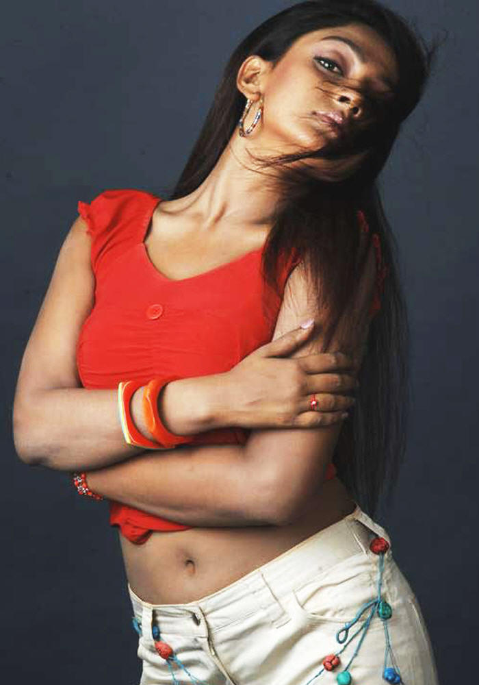 Sheela sexy navel photo shoot