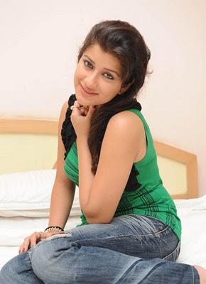 Madhurima  cute photo shoot