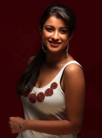 Actress Madhurima Latest photoshoot
