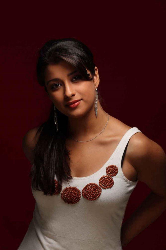 Madhurima Hot sleeveless