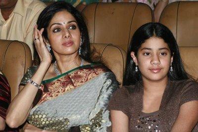 Sridevi Kapoor with daughter jhanavi kapoor