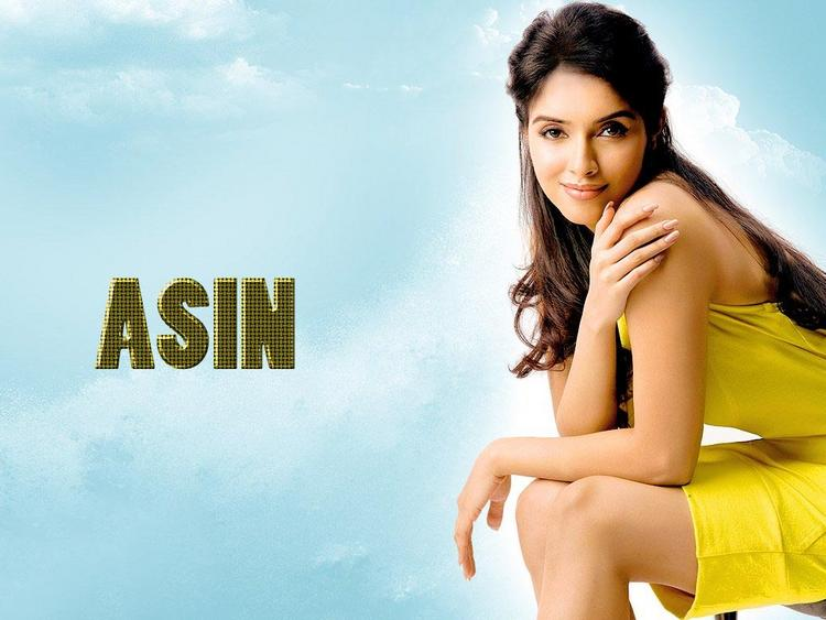 Asin Thottumkal hottest wallpaper