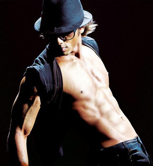 Shahid Kapoor sexy body hot photo