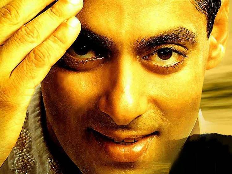 Salman Khan gorgeous wallpaper