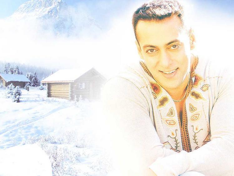 Salman Khan sexy smile wallpaper