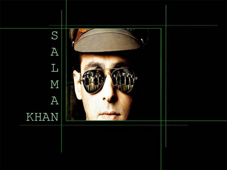 Salman Khan police look wallpaper