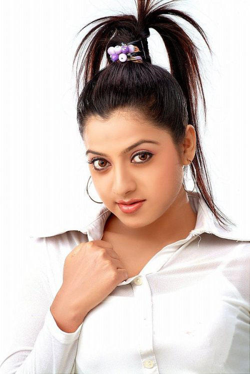 Keerthi Chawla spicy picture