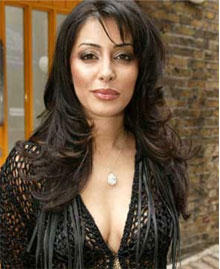Laila Rouass sexy cleavages images