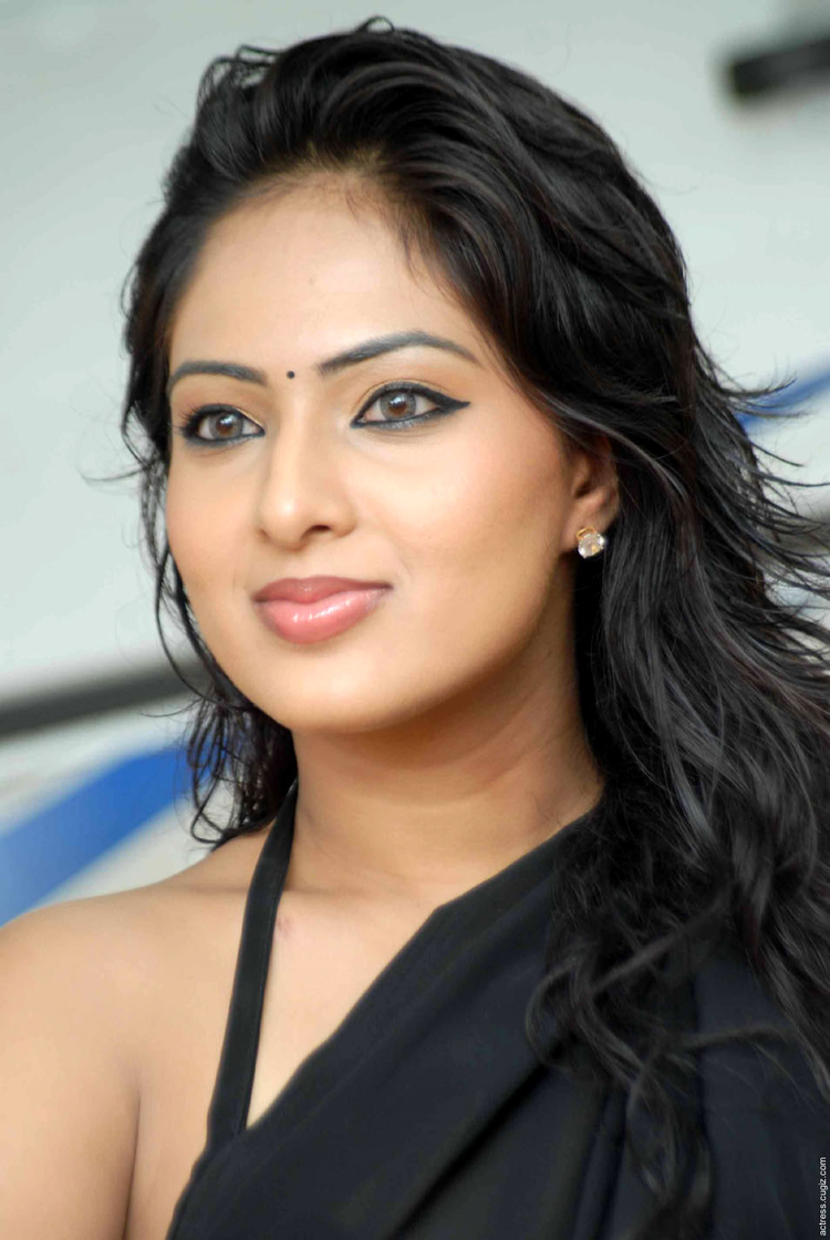 Nikesha Patel Black Saree Spicy Photo